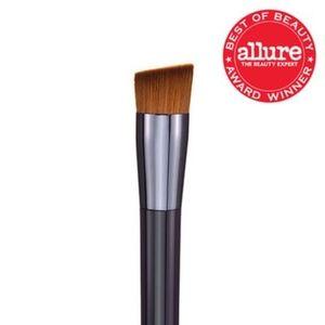 NEW! Shiseido Perfect Foundation Brush